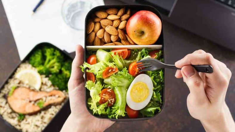 Отслабването е лесно със здравословно хранене на работа!