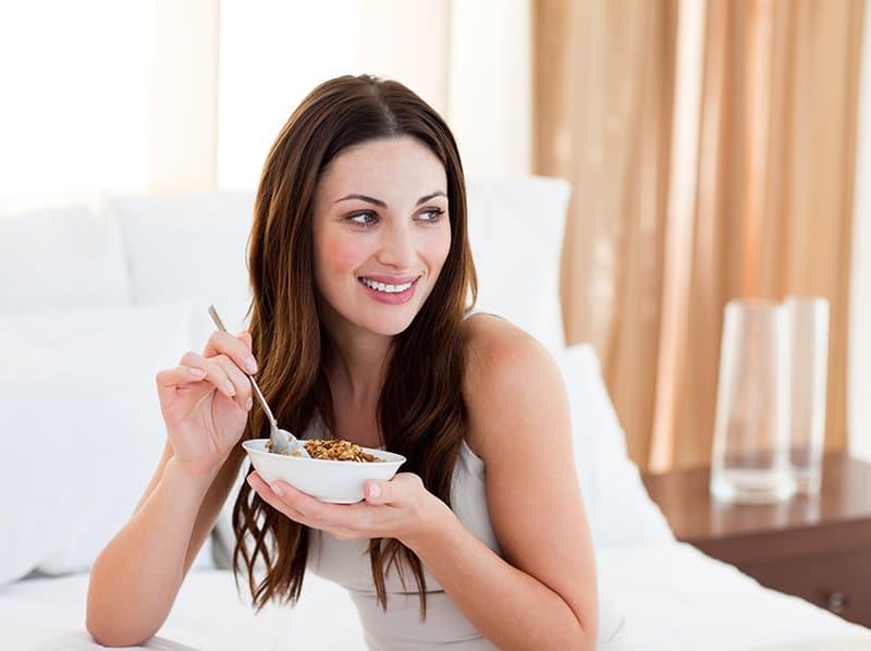 Апетит за сладко: причината може да е в малкото сън!